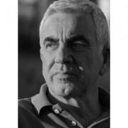 Enrique Mario Martínez