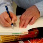 Claves para presentar tu libro: ventajas y beneficios