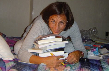 Hablamos con Norma Echavarría sobre su nueva novela Melodías dispersas