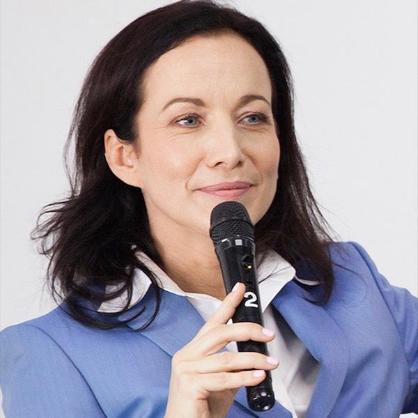 Amélie Yan-Gouiffès-Bubok